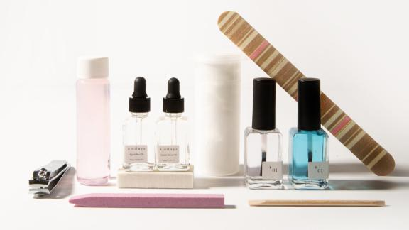Sundays Mk.1 Manicure Kit
