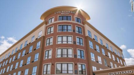 Courtyard by Marriott در سال 2018 درهای خود را در مرکز South Bend باز کرد.