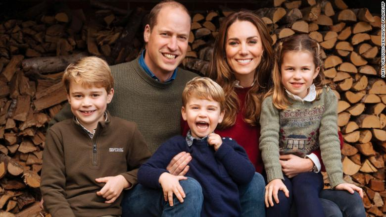 Prince William and Kate Middleton release family Christmas card photo