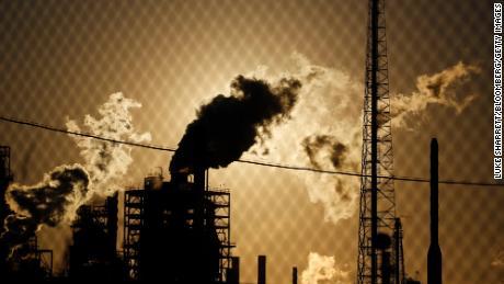 Эксклюзив: фонд в 5 миллиардов долларов, буквально основанный на нефтяных деньгах, прощается с ископаемым топливом