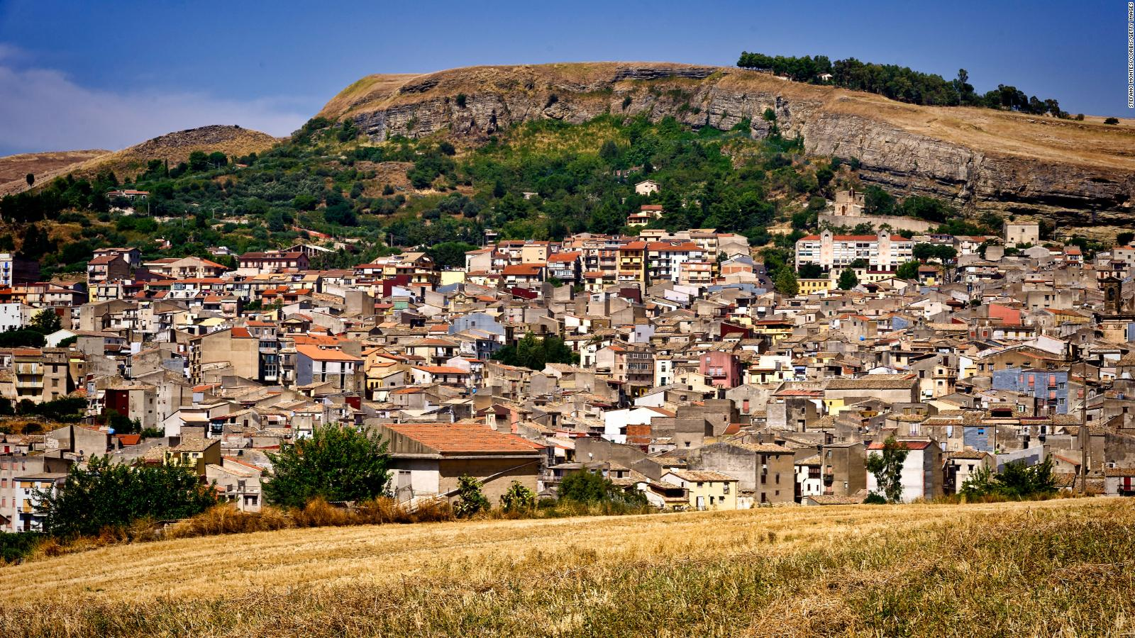 Italy's €200 house sales Auctions20Italy takes different approach ...