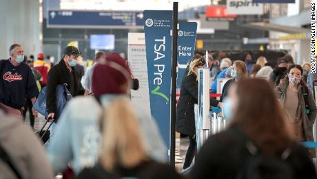 According to the survey, US airport employees fear for safety at the Covid front