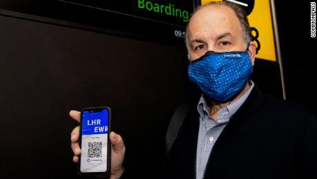 CommonPass برای راه اندازی برنامه سند سلامت خود در برخی پروازهای بین المللی با چندین شرکت هواپیمایی همکاری کرده است.