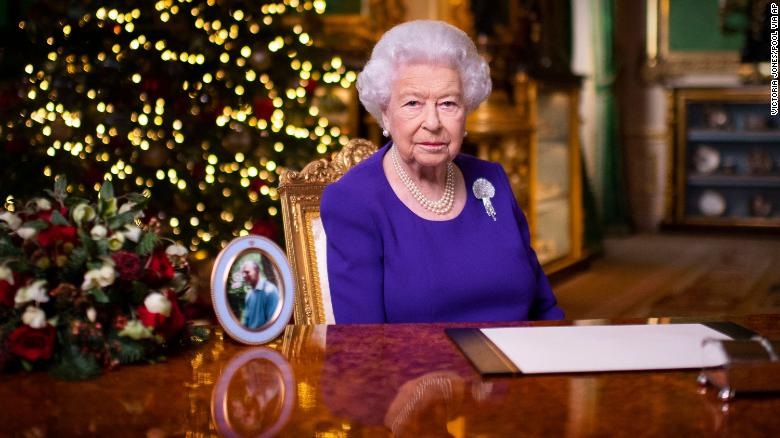Queen Elizabeth says 'you are not alone' in annual Christmas speech