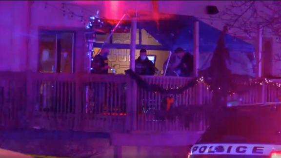 Image for 3 people killed and 3 wounded in shooting at Illinois bowling alley