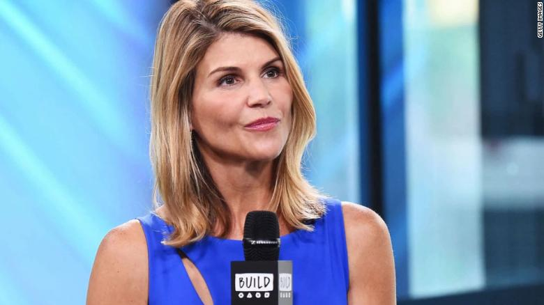 Lori Loughlin marks return to acting with 'When Hope Calls: A Country Christmas'