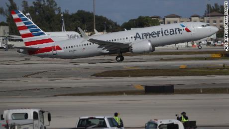 Проблемный Boeing 737 Max вернулся в воздух спустя почти два года