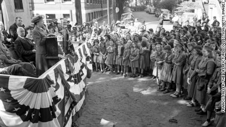 The first Girl Scout of America, Mrs. Samuel G. Laurence  addresses a crowd in Savannah, Georgia, during a celebration honoring her aunt, Juliette Low, founder of the Girl Scouts of America.