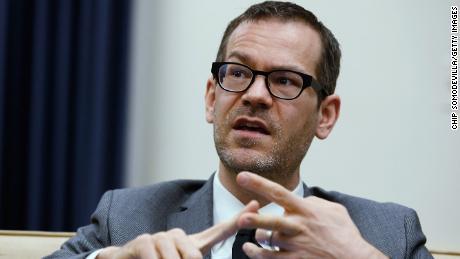 Pitton, 최고의 국방부 정책 직무 선정 확인에서 과거 트윗에 사과
