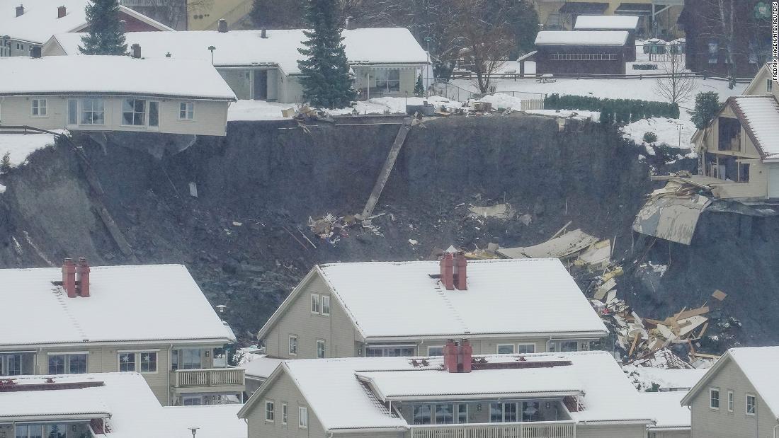 11 people missing after landslide strikes southern Norway leaving large crater – CNN