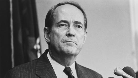 """<a href=""""https://www.cnn.com/2020/12/31/politics/dick-thornburgh-dead/index.html"""" target=""""_blank"""">Richard """"Dick"""" Thornburgh</a>, a former Republican governor of Pennsylvania who went on to serve as US attorney general under two presidents, died December 31 at the age of 88."""