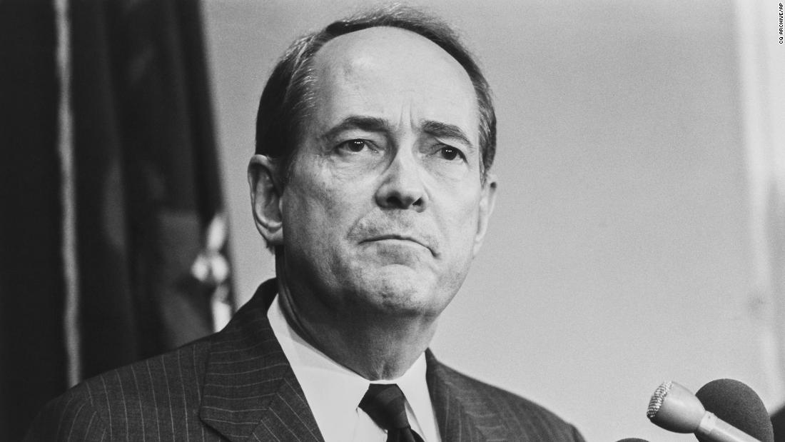 "<a href=""https://www.cnn.com/2020/12/31/politics/dick-thornburgh-dead/index.html"" target=""_blank"">Richard ""Dick"" Thornburgh</a>, a former Republican governor of Pennsylvania who went on to serve as US attorney general under two presidents, died December 31 at the age of 88."