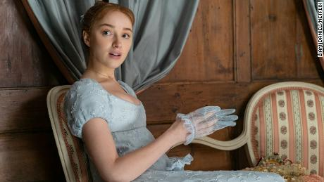 Phoebe Dynevor plays socialite Daphne Bridgerton, eldest daughter of a 19th century London family.