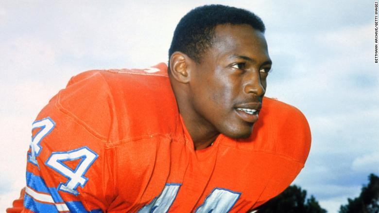 """Hall of Fame football player <a href=""""https://www.cnn.com/2021/01/02/sport/floyd-little-death-hall-of-fame-nfl-trnd/index.html"""" target=""""_blank"""">Floyd Little</a> died January 1 at the age of 78. Little rushed for more than 6,000 yards and scored 43 touchdowns for the Denver Broncos."""