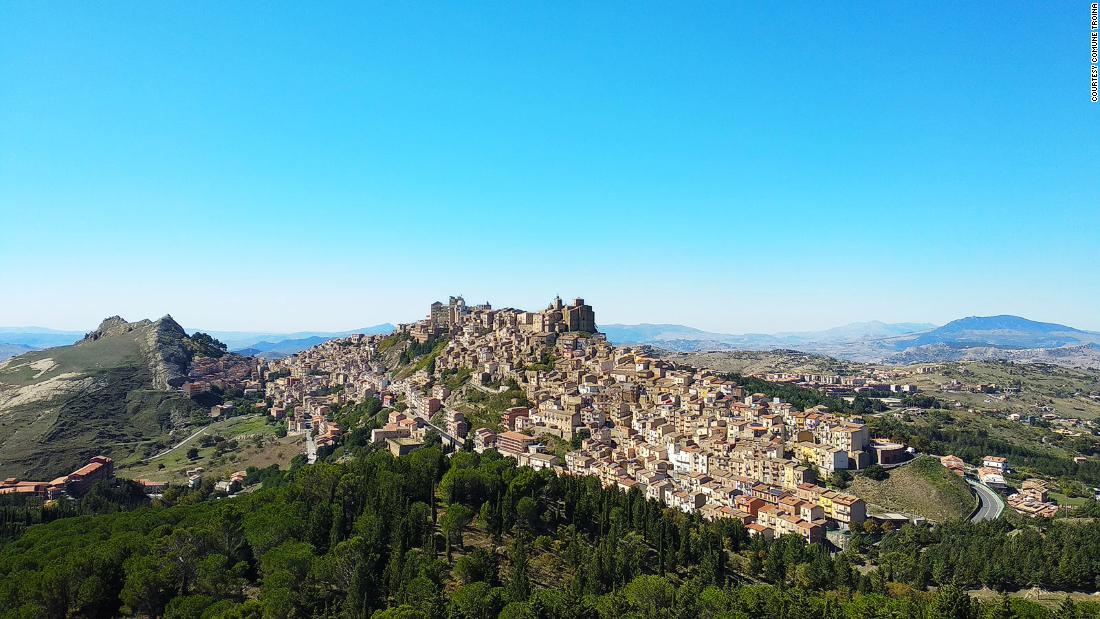 The Italian town that will pay you to restyle a €1 home