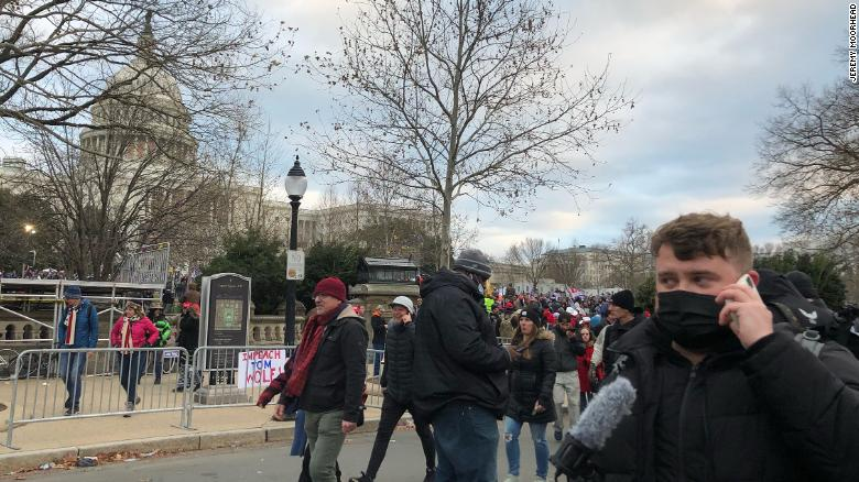 Here's what reporting on the Capitol rioting was like for journalists who were there