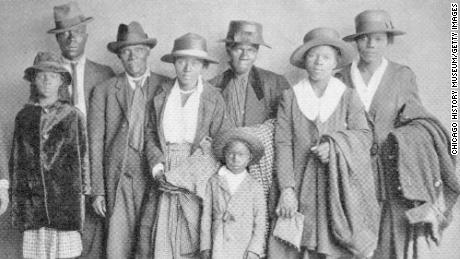 A group of African Americans who took part in the Great Migration to the north, in Chicago in 1918.