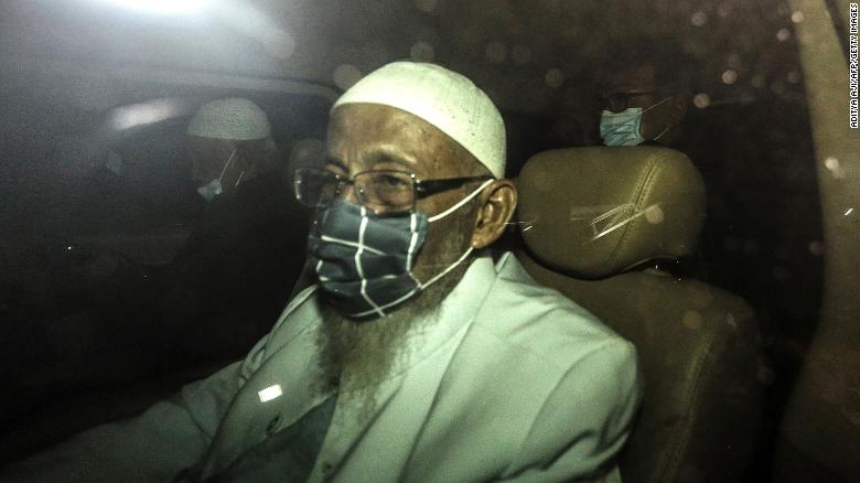 Radical cleric linked to Bali bombings released from prison