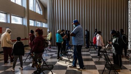 Voters waited at polling stations in the final election for the Senate in Atlanta on Tuesday.