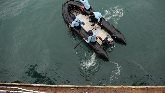 Indonesian Navy divers conduct a search-and-rescue operation.