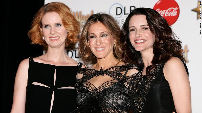 Cynthia Nixon, Sarah Jessica Parker dan Kristin Davis akan mengulangi peran mereka dalam reboot, yang akan mulai syuting pada musim semi.