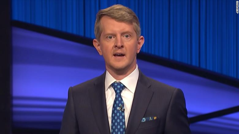 Ken Jennings hosts 'Jeopardy!' and honors 'the great Alex Trebek'