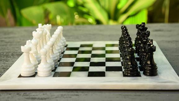 LeatherOCityUSA Handmade 16-Inch Marble Chess Set