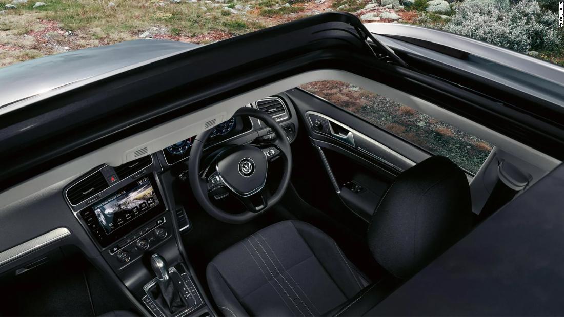 Kekurangan chip global melanda pembuat mobil pada waktu yang paling buruk