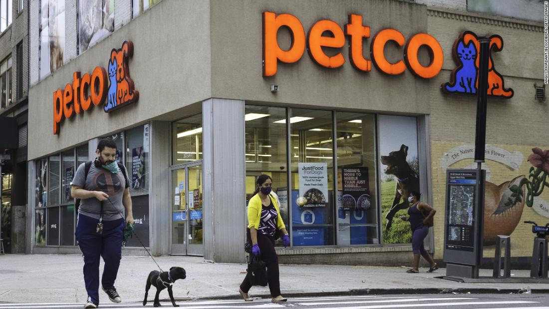 Image of article 'The power of pets: Chewy and Petco have become Wall Street darlings'