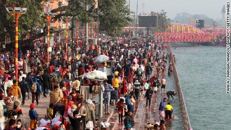 700,000 Hindus gather for India religious festival despite Covid 'breeding ground' fears
