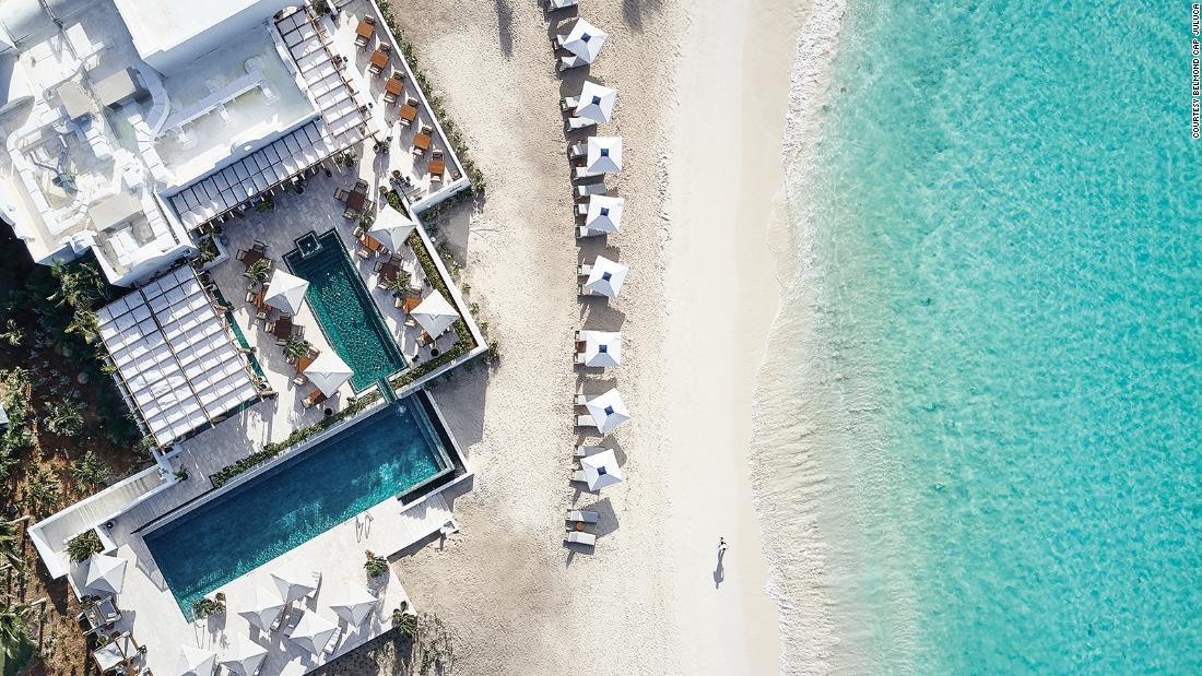 What it's like inside a luxury Caribbean 'vacation bubble'