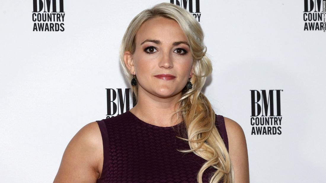 Jamie Lynn Spears blames Tesla for killing her cats