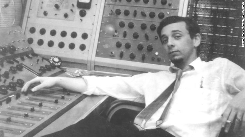 Grammy-winning music producer Phil Spector dies of natural causes