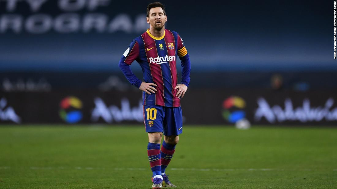 Lionel Messi sent off in Barcelona's Super Cup final defeat to Athletic Bilbao
