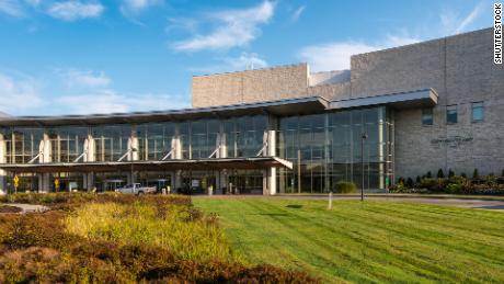 مرکز پزشکی دانشگاه ورمونت یکی از چندین مرکز بهداشتی بود که سال گذشته تحت تأثیر باج افزار قرار گرفت.  مدت زیادی طول کشید تا این مرکز بازیابی شود.