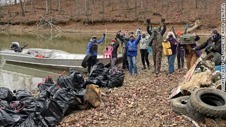 Keep the Tennessee River Beautiful and the Johnsonville State Historic Park rid the river of 9,208 pounds of trash over the course of three days.