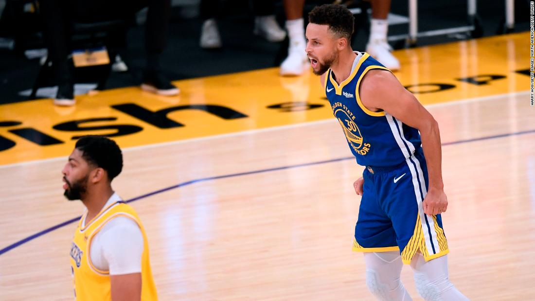Steph Curry leaves it late to end the Lakers' 5-game winning streak