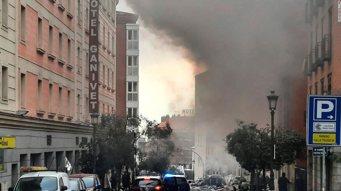 2 dead, several injured in Madrid as gas explosion rocks Spanish capital