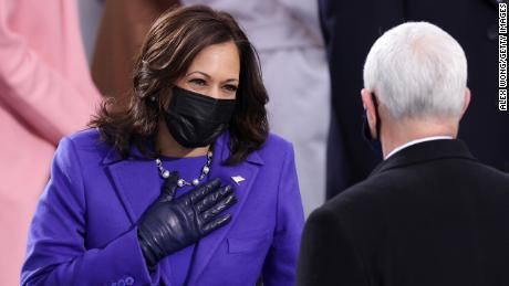Why the color Kamala Harris is wearing is significant - CNN Video