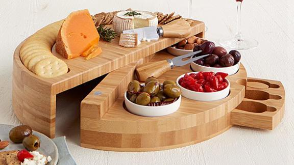 Compact Swivel Cheese & Tapas Board