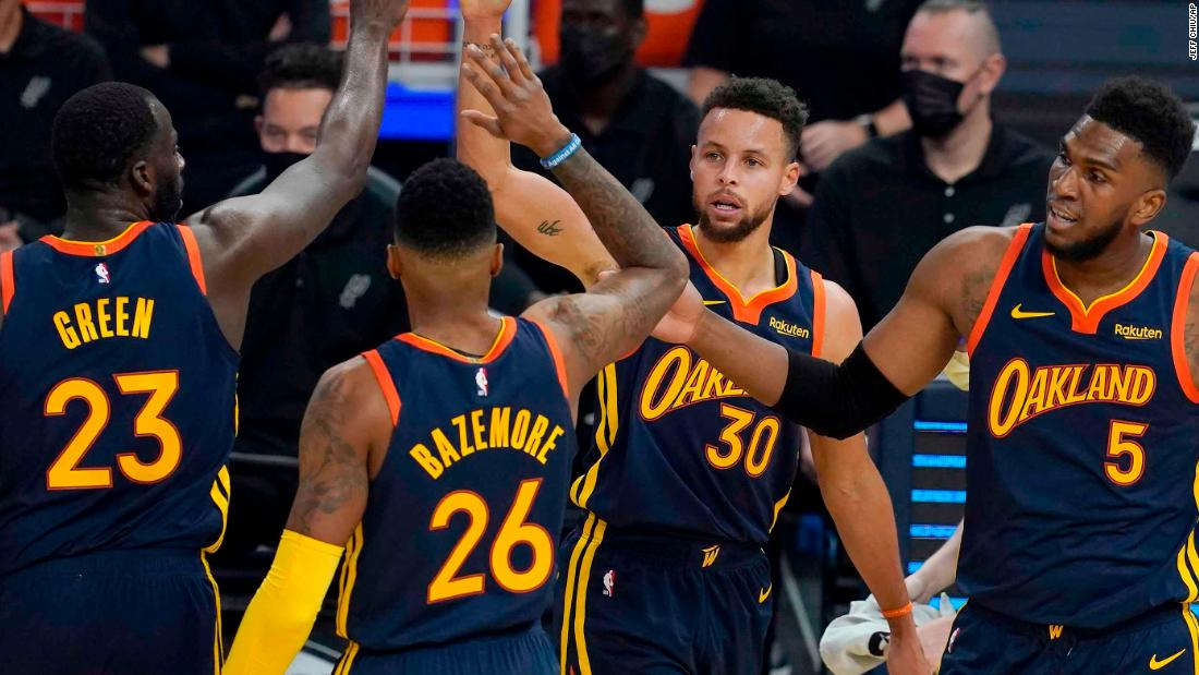 Golden State Warriors pay tribute to Kamala Harris in 'great day' for Oakland