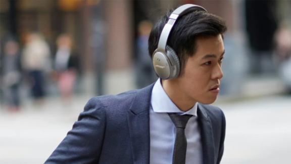 Bose QuietComfort 35 Wireless Over-Ear Headphones II with Google Assistant