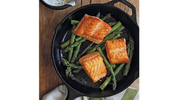 Lodge Preseasoned Cast-Iron Skillet