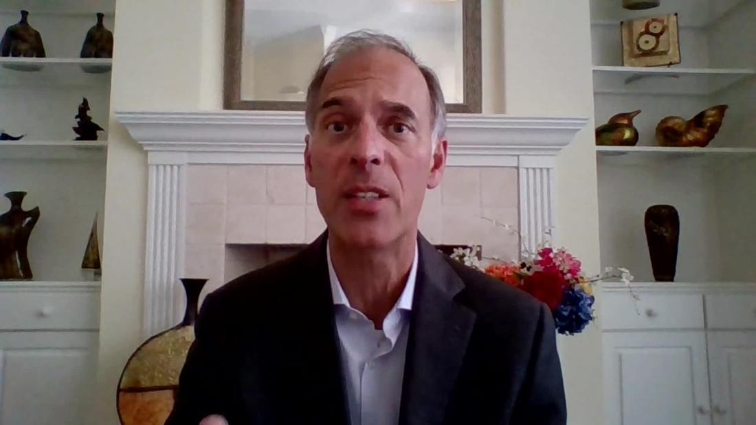 Moody's Mark Zandi: $900 billion stimulus isn't enough - CNN Video