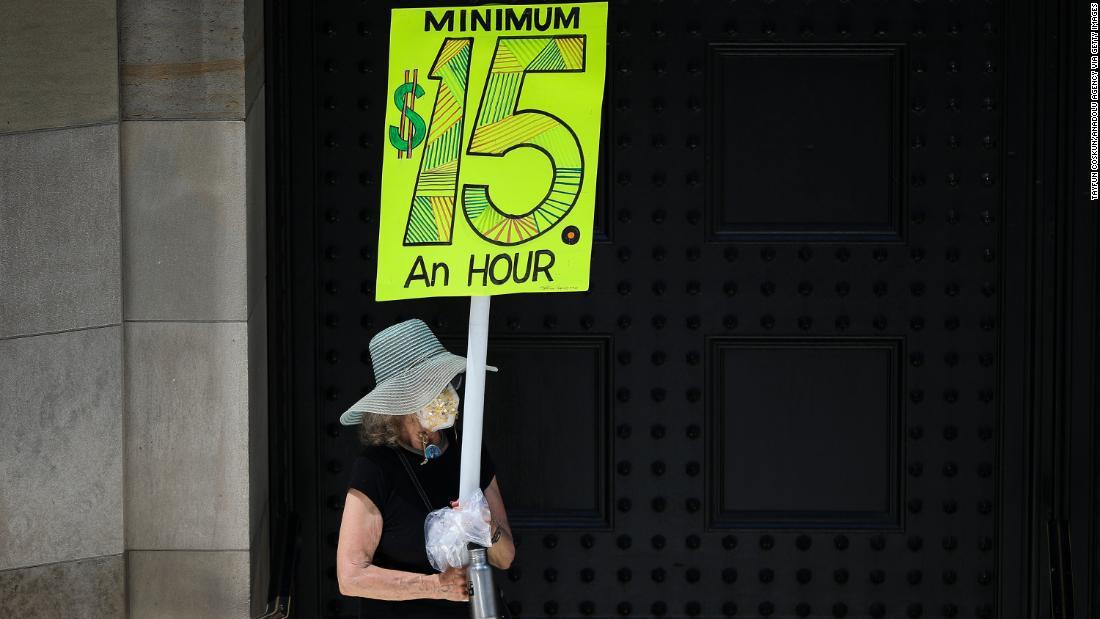 Democrats introduce bill to raise minimum wage to $15 by 2025