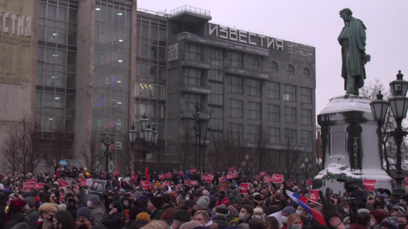 protests russia alexey navalny putin response chance pkg vpx_00022522.png