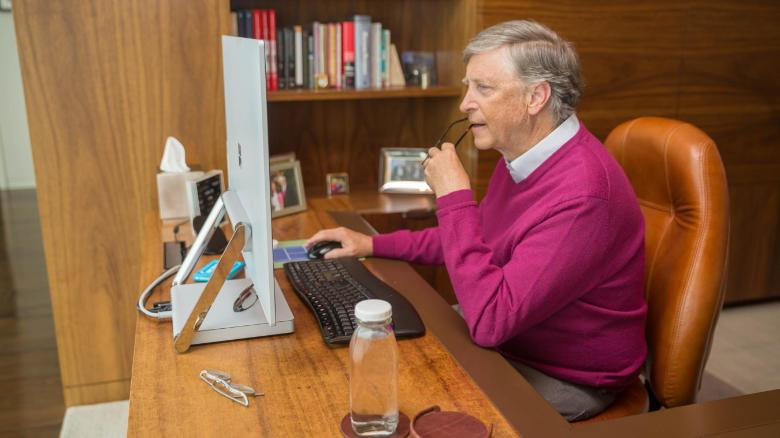 Bill Gates works from home during quarantine in 2020.