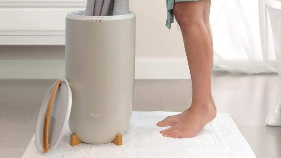 Zadro luxury towel warmer in bucket style