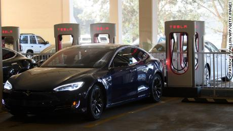 Tesla disappoints Wall Street despite strong profits