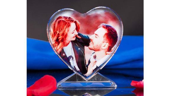 PlartGroup Heart-Shaped Custom 3D Glass Photo